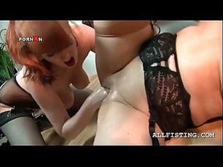 Lesbo kinky matures in brutal pussy fist fuck scene